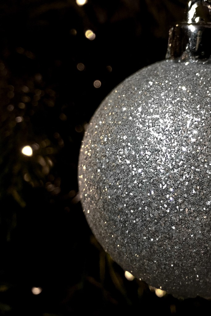 Bauble by imnorman