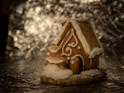 23rd Dec 2019 - The gingerbread hut