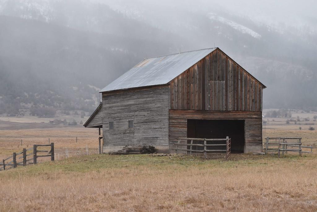 Rustic Barn by bjywamer