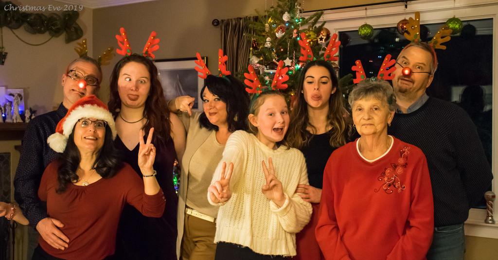Christmas shenanigans by novab