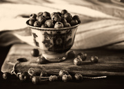 3rd Jan 2020 - blueberries - another take