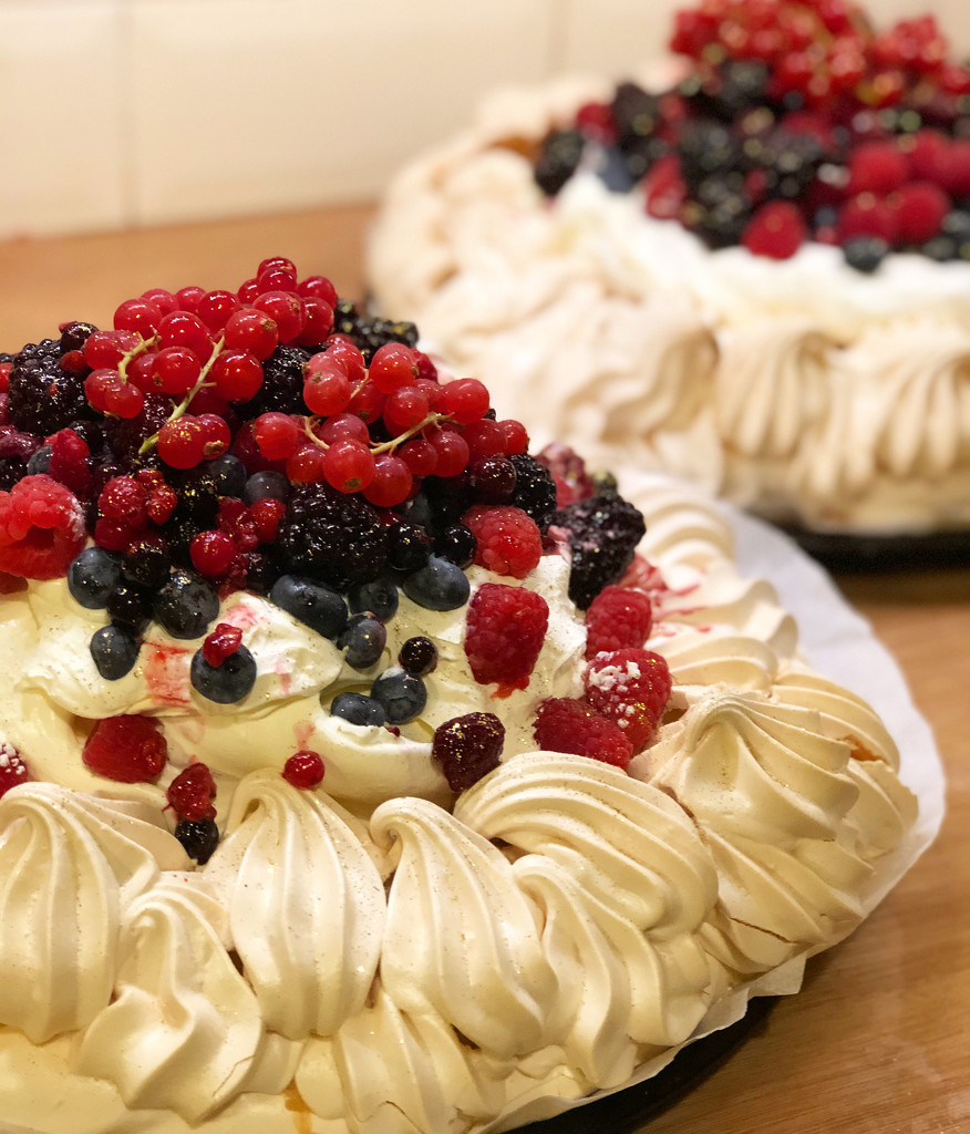 New Years Party Pavlovas by cookingkaren