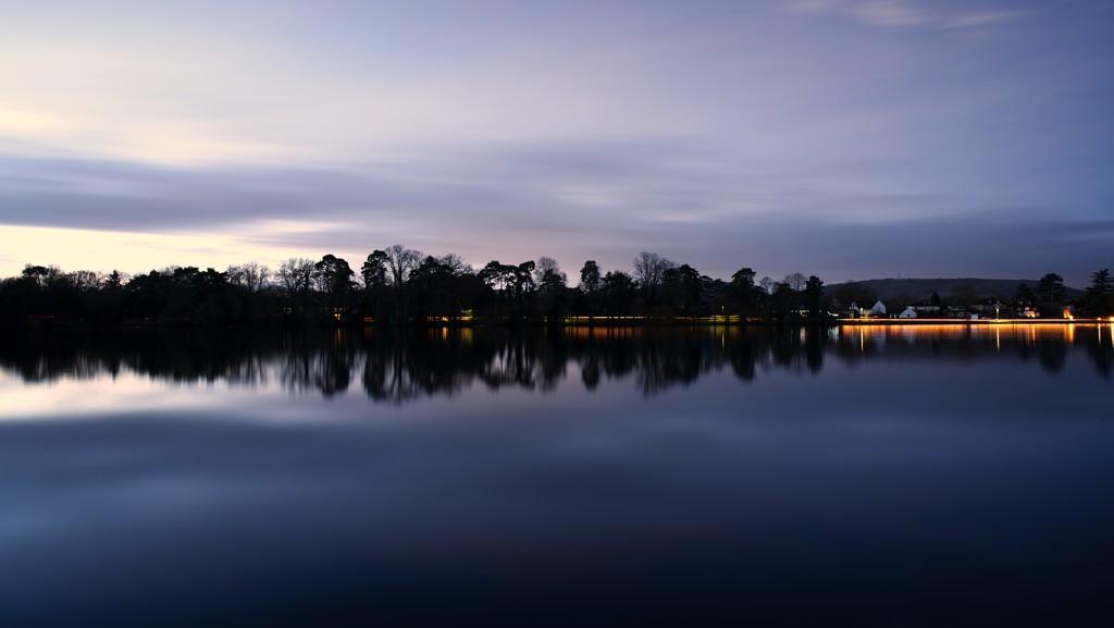 Reflecton by moonbi