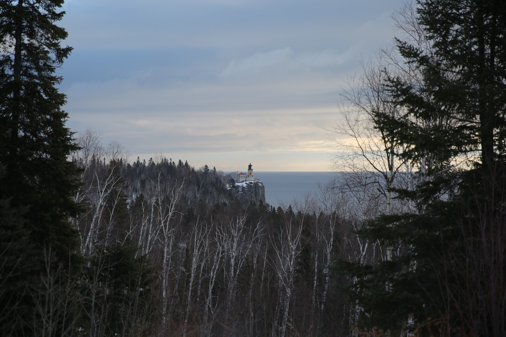 split rock lighthouse... by earthbeone