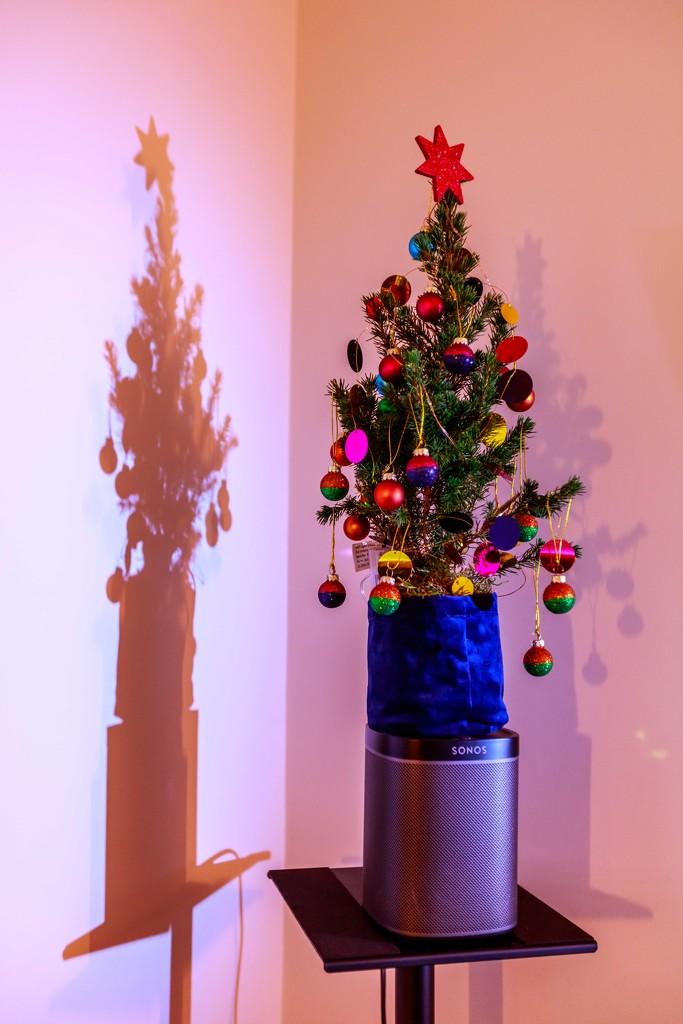 Xmas Tree by padlock