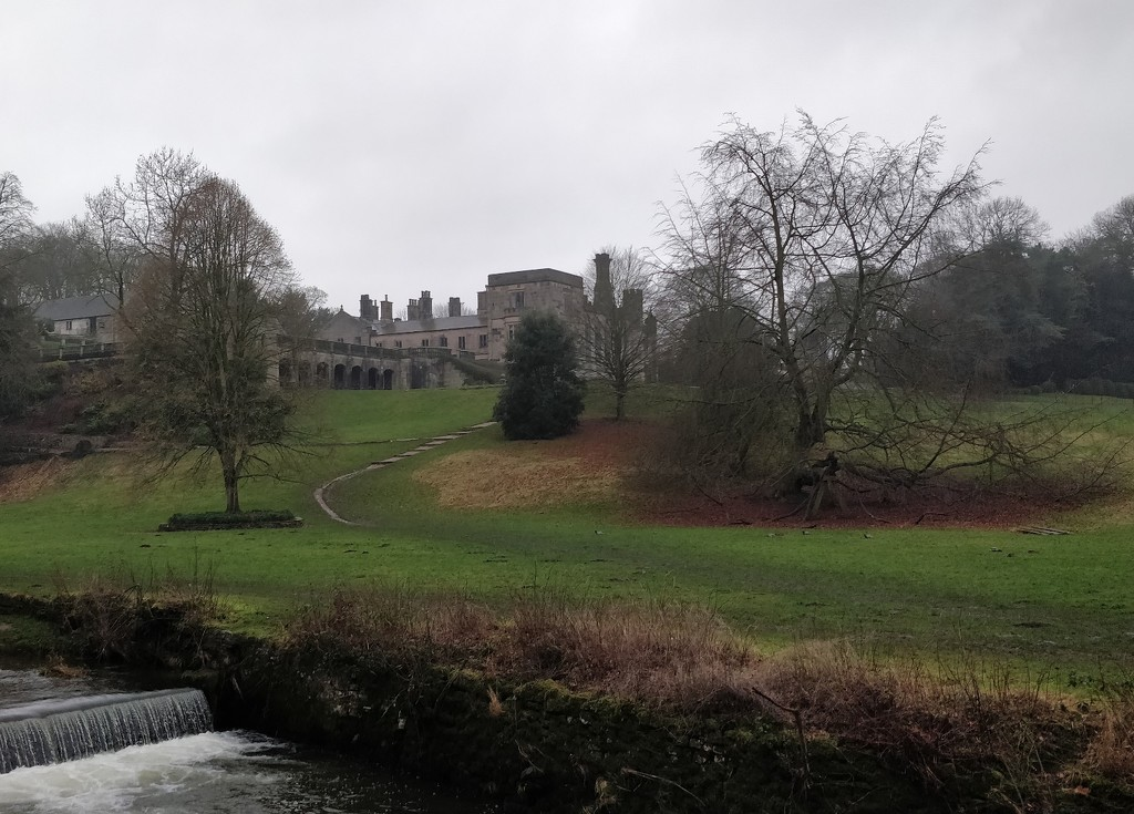Ilam in the Rain by roachling