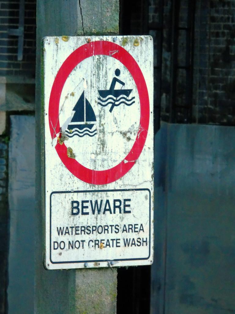 Thames Sign by bulldog