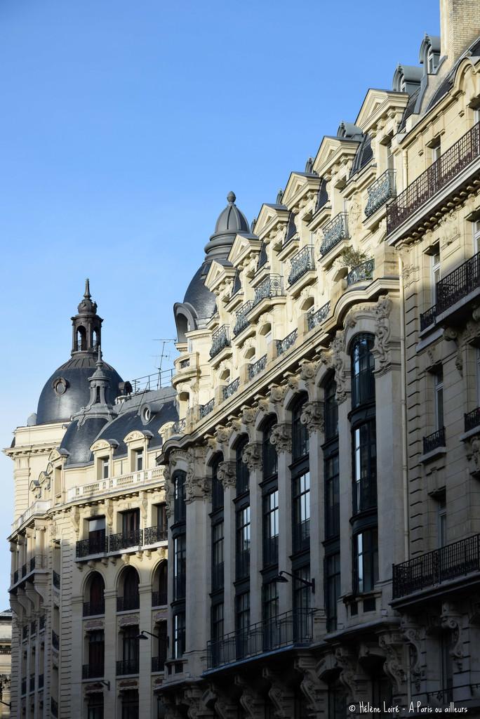 Parisians buildings  by parisouailleurs