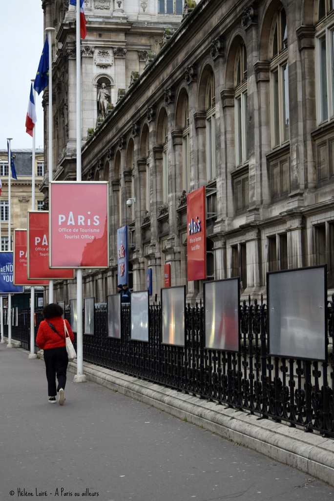 life in red by parisouailleurs