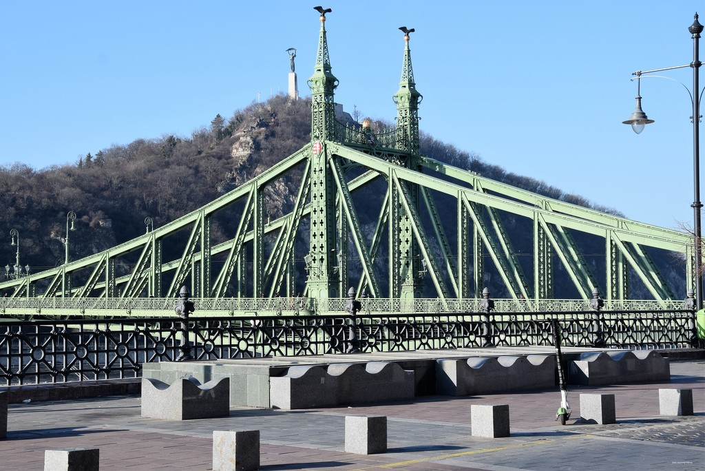 The Liberty Bridge and Gellért Hill .... by kork