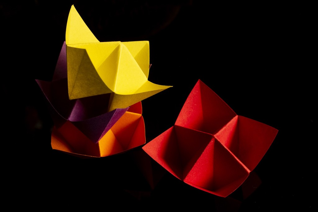 Triangles - fortune tellers by bizziebeeme