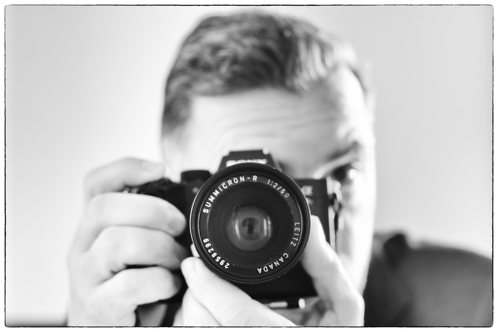 The Summicron-R 50 mm f:2, the Sony and me  by domenicododaro