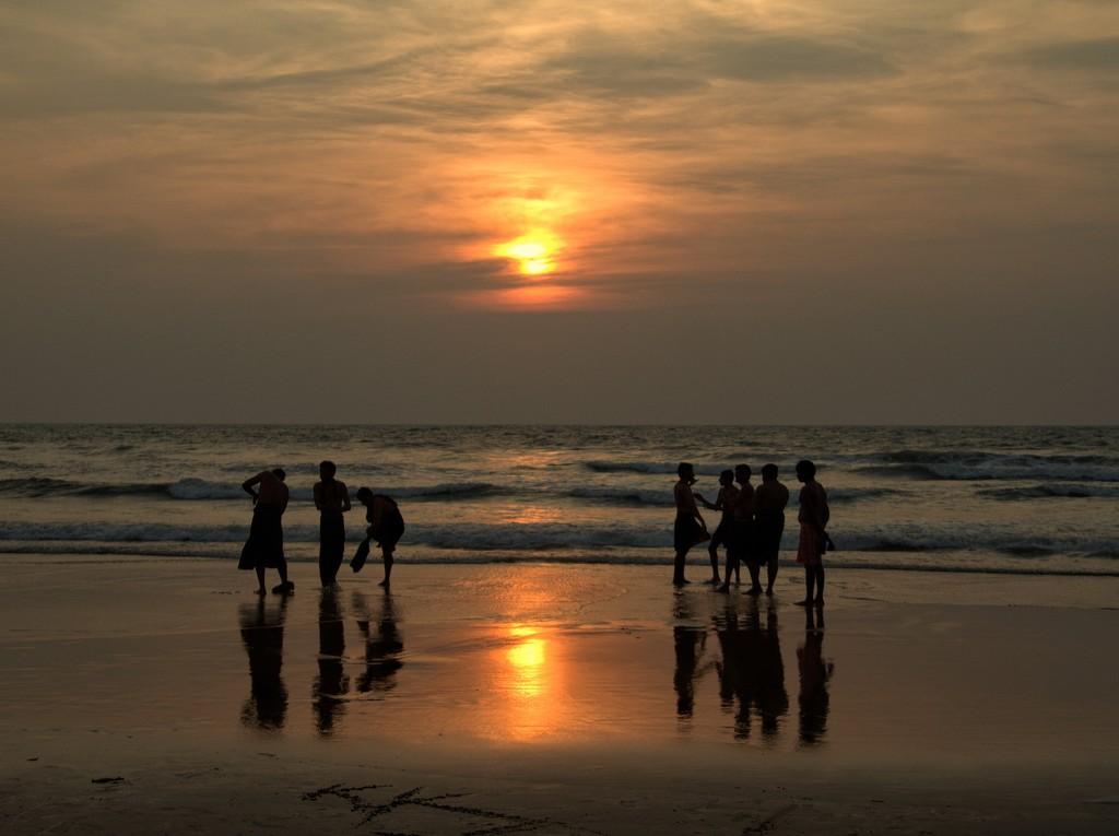 Gokarna Beach, India by leananiemand