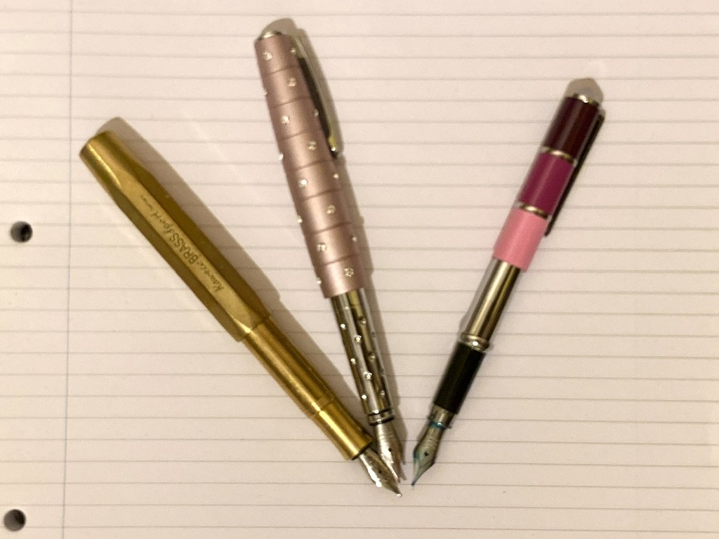 My favourite fountain pens  by bizziebeeme