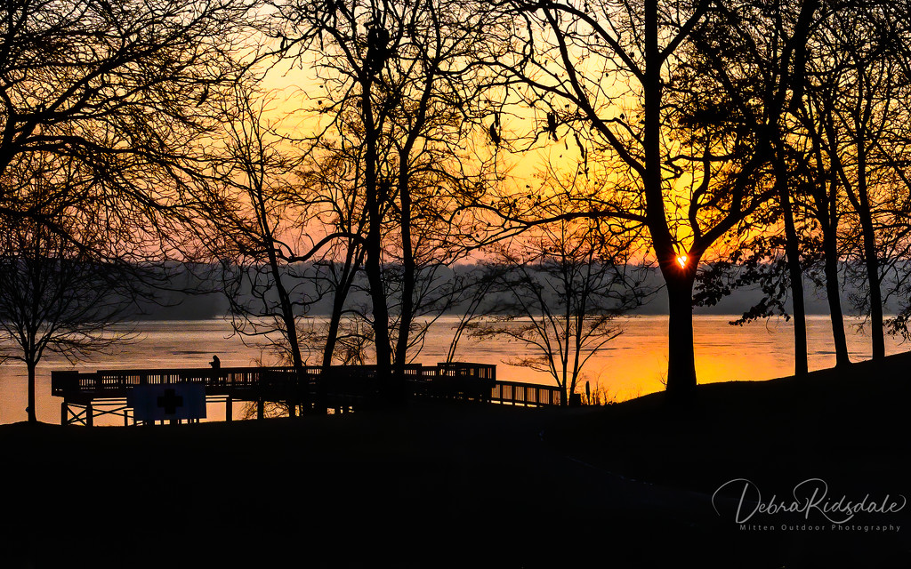 Sunrise at our local metro park by dridsdale