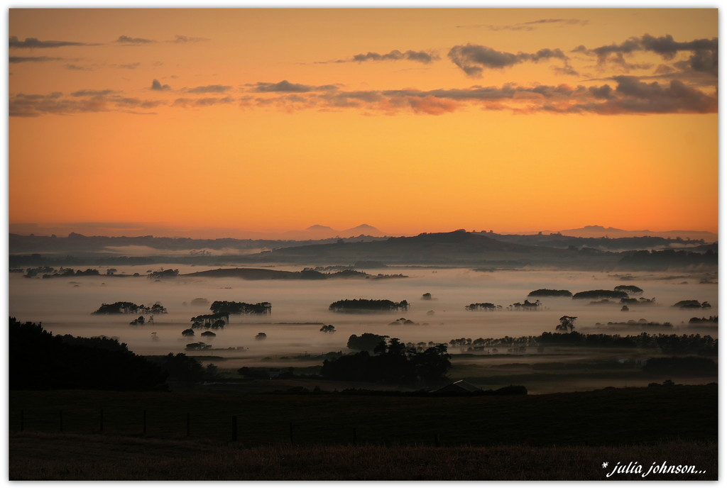 Sunrise 19.1.20 by julzmaioro