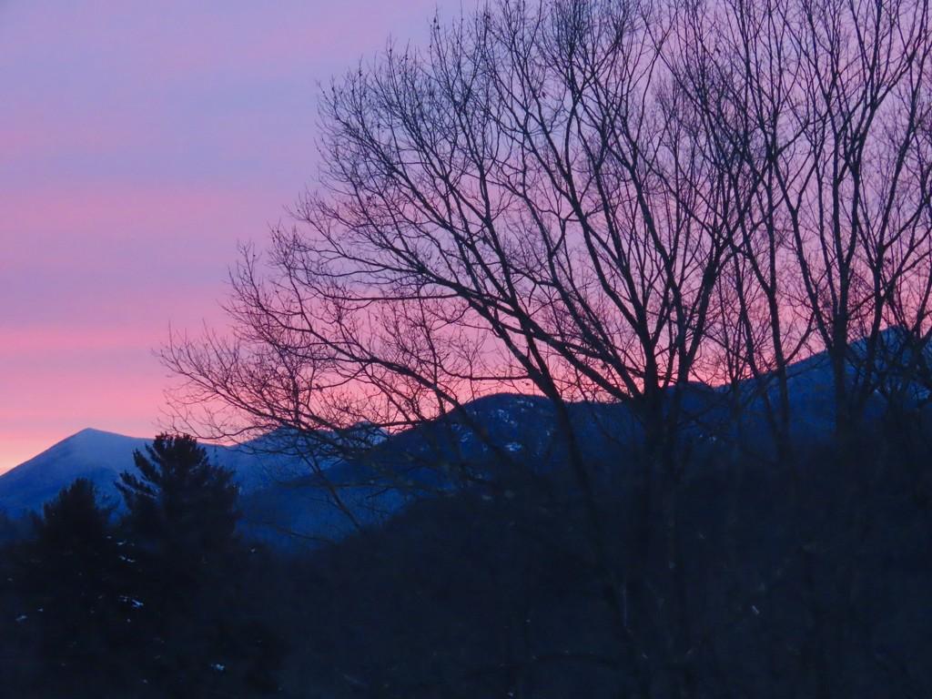 Sunrise this morning by skr44aolcom