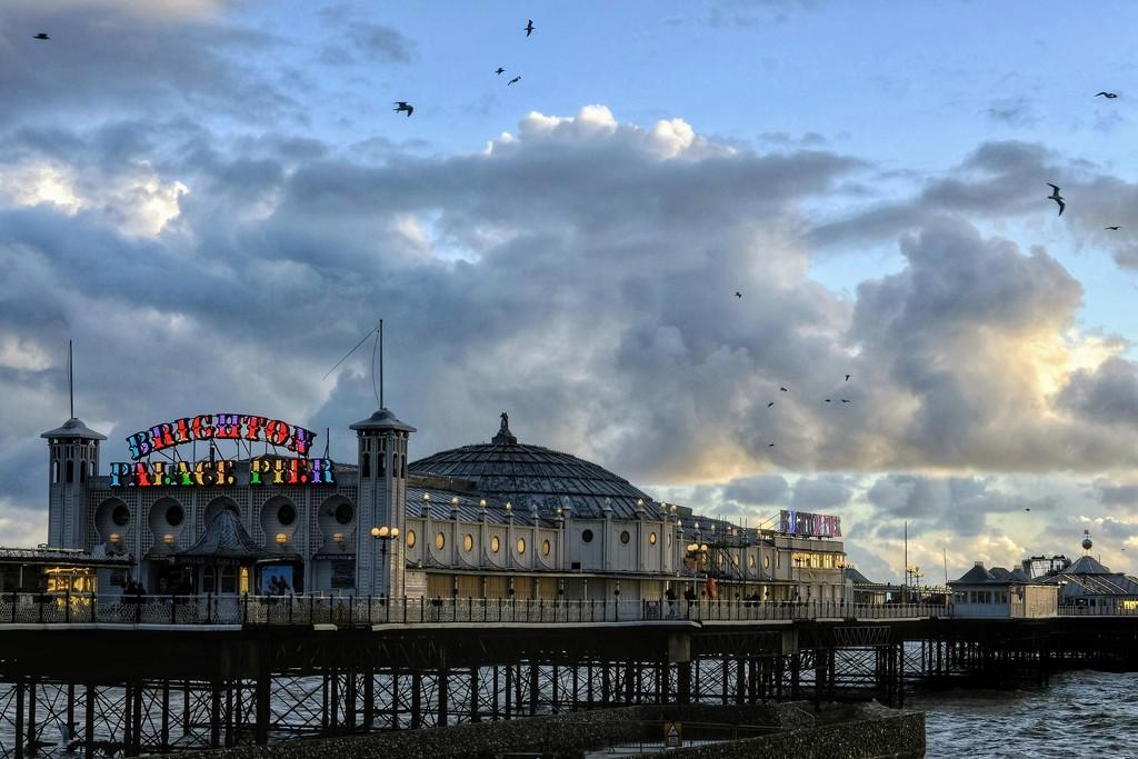 Palace Pier by 4rky