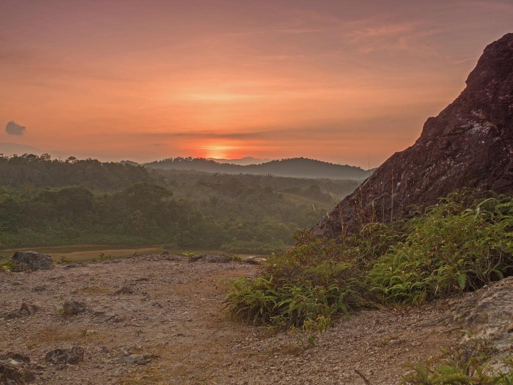 Sunday Sunrise   by ianjb21