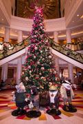 18th Dec 2019 - QM2 main foyer