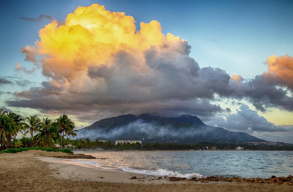 Mount Isabel de Torres by pdulis