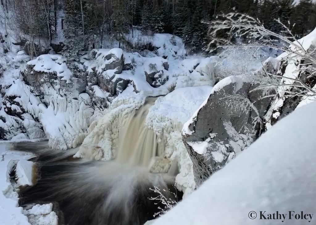 Kap-Kig-Iwan Falls by radiogirl