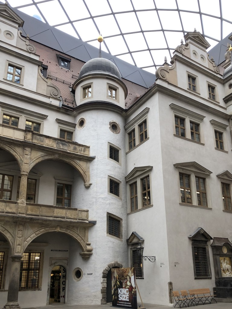 Castle under glass by jacqbb