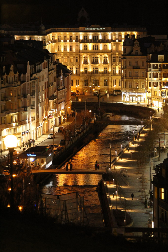 Karlovy Vary by lucien
