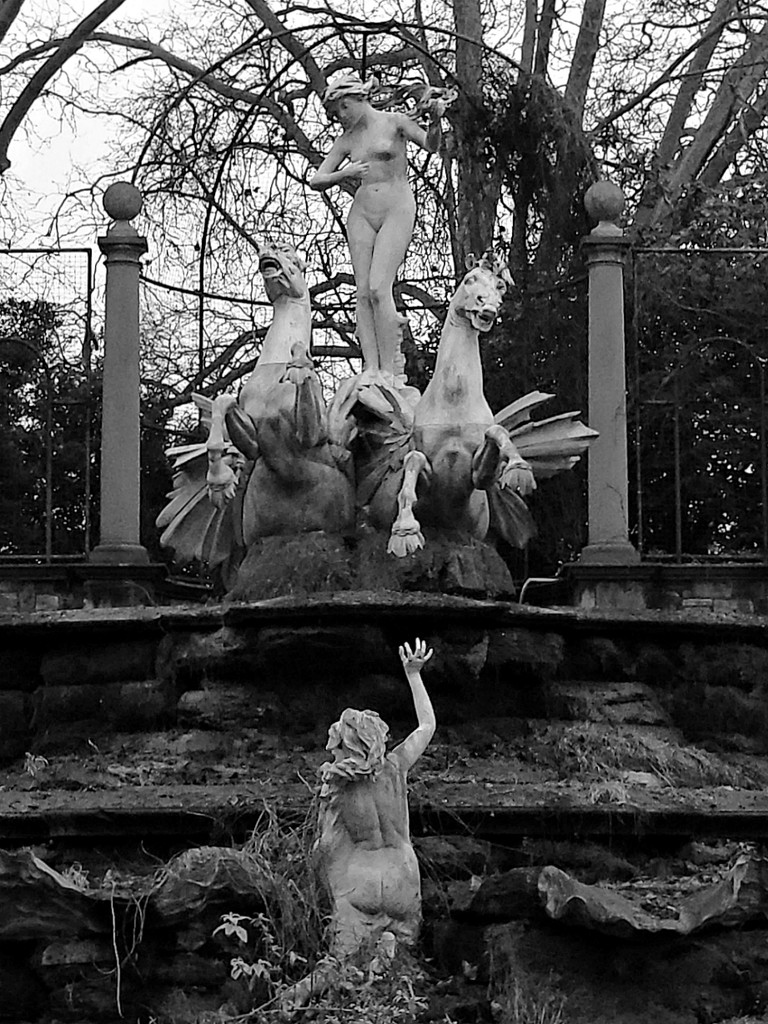 Italian Fountain (Detail) by bulldog