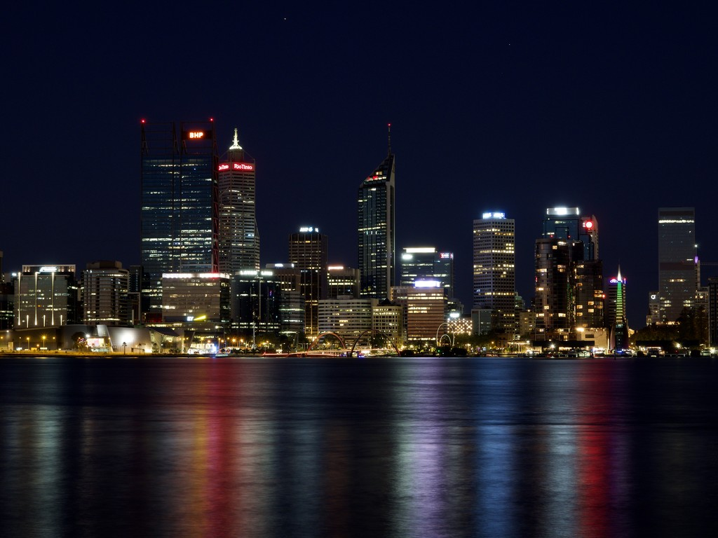 Perth City Skyline P2020982 by merrelyn