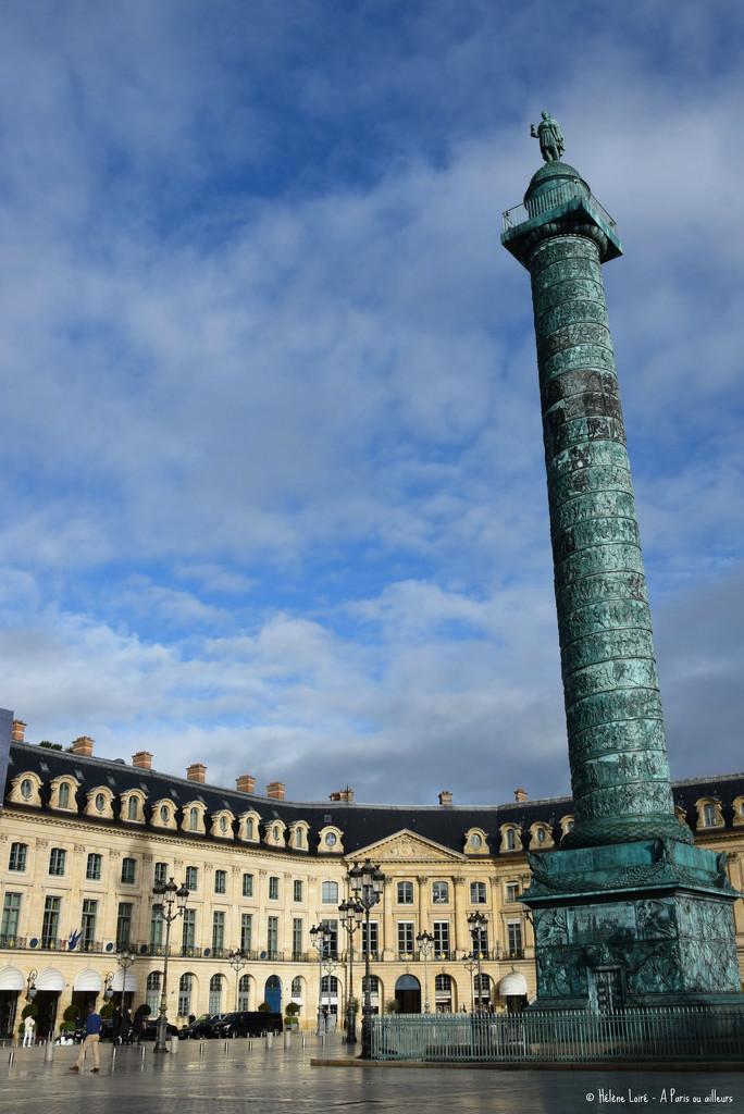 Place Vendome by parisouailleurs