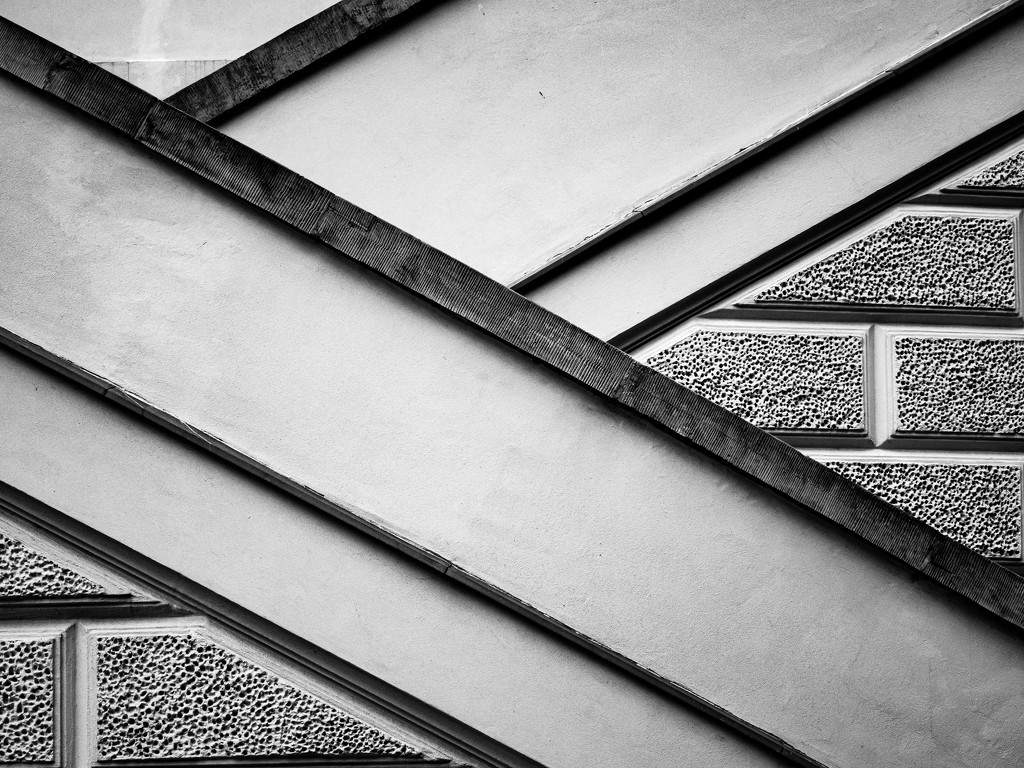 Lines and textures by haskar