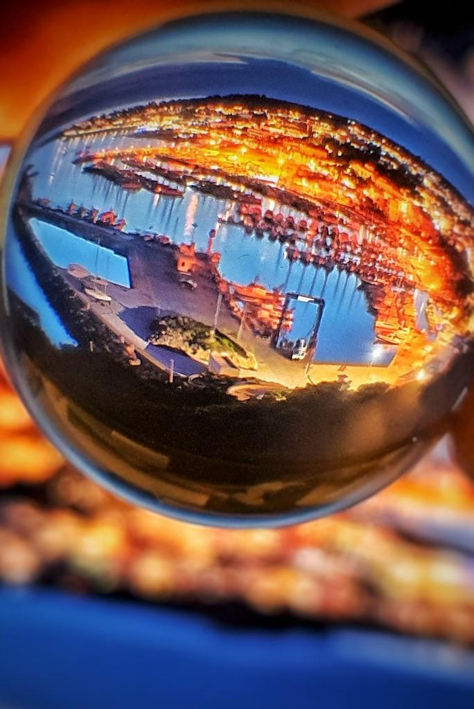 A world inside a ball by spectrum