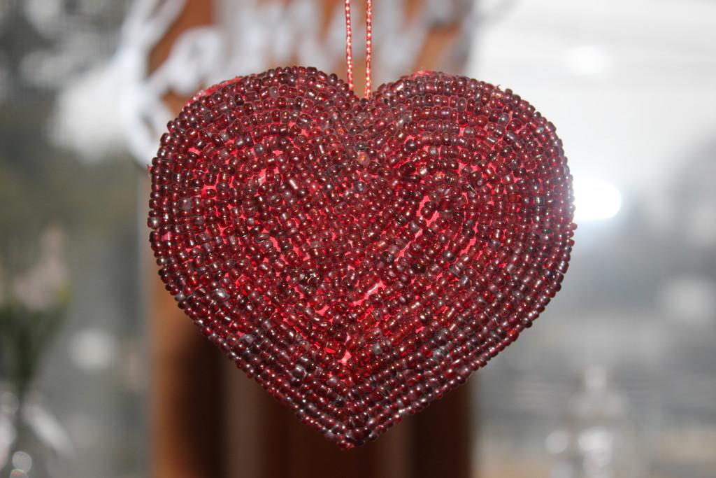 Beaded heart by jb030958