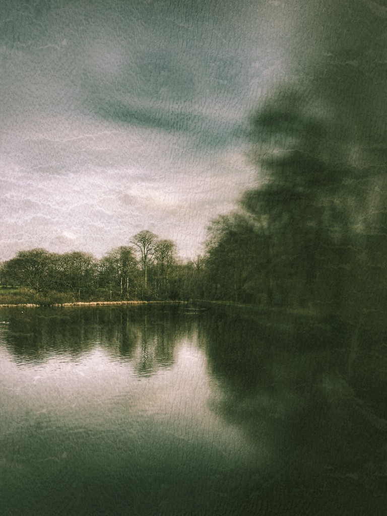 Lake at lunchtime  by rachelwithey