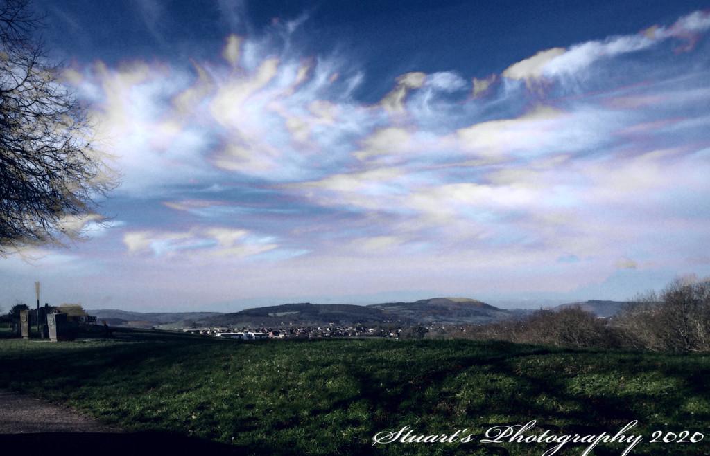 Strange sky  by stuart46
