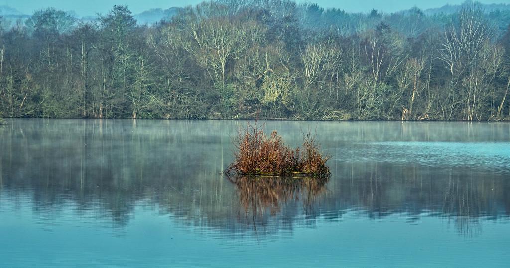 Reservoir.  by tonygig