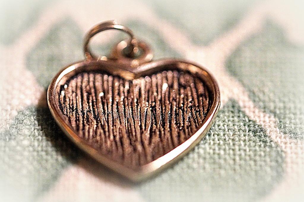 Heart #10 by sunnygirl