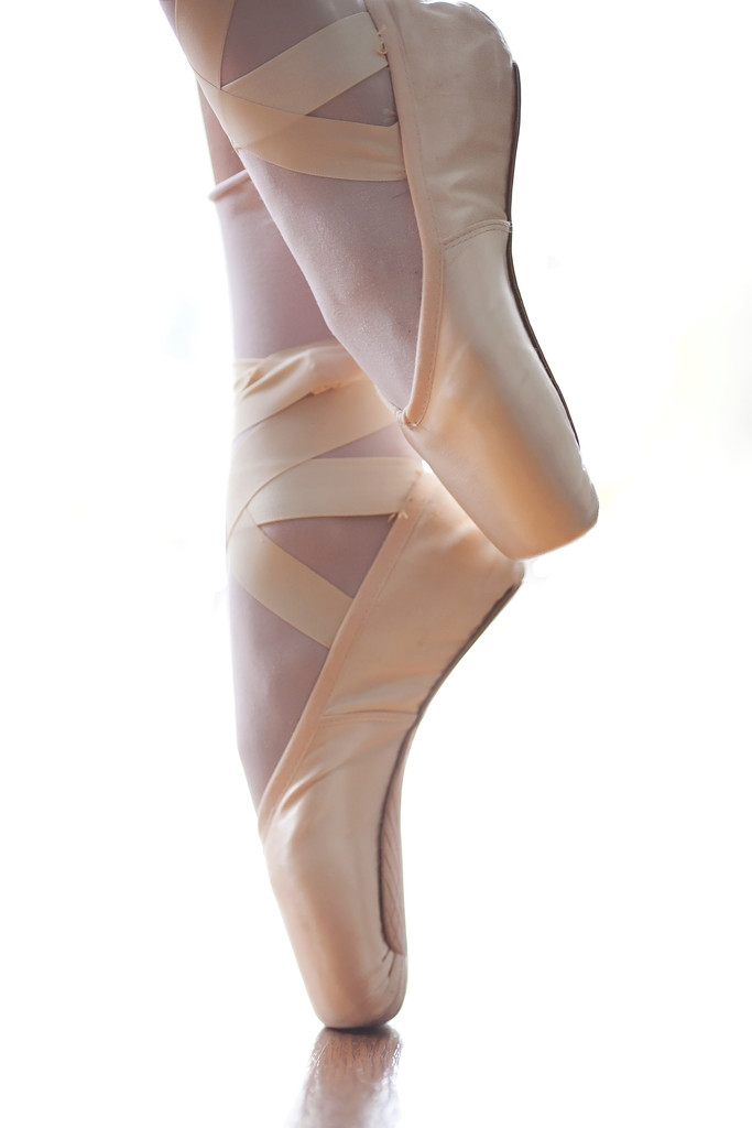 Pointe shoes by kiwichick