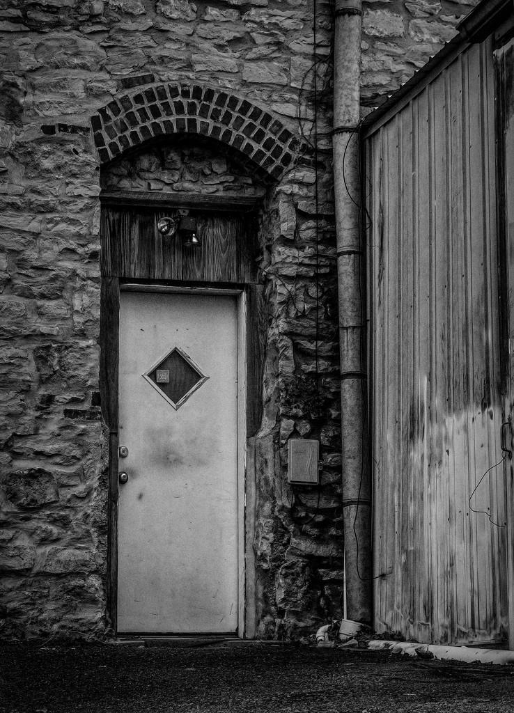 Back alley  by samae