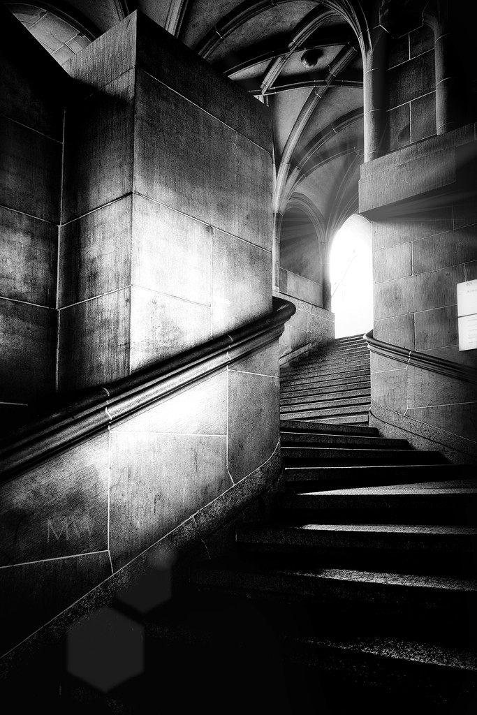 2020-02-13 light on the stairs by mona65