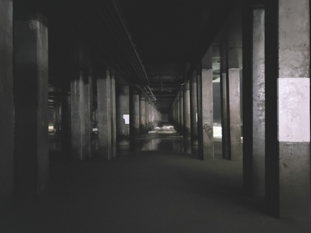 Under the Pier by morrij10