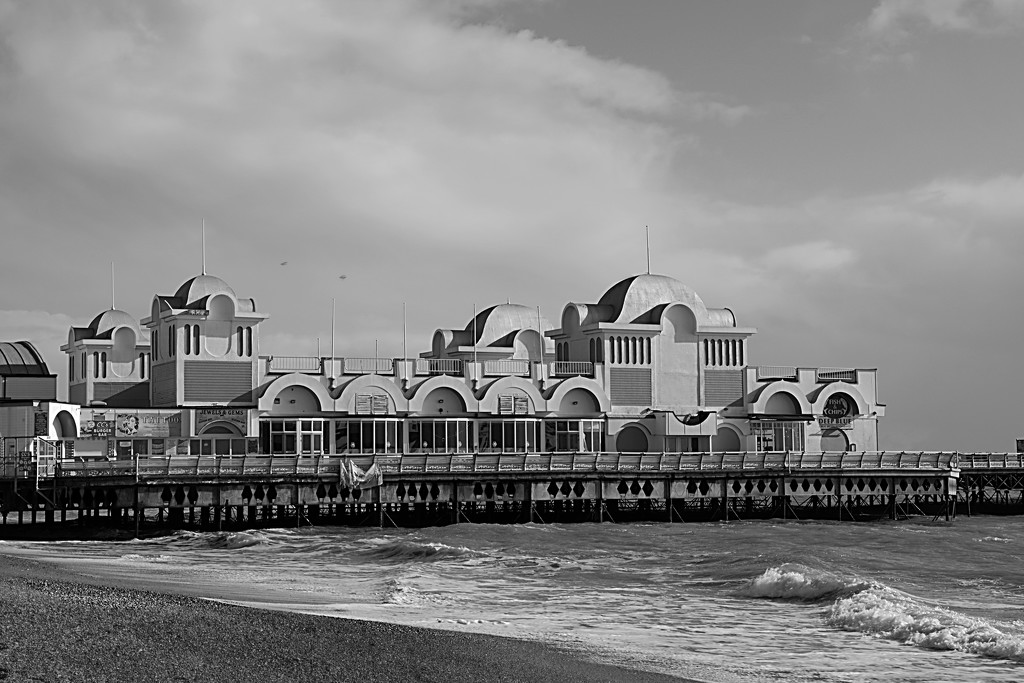 South Parade Pier by 30pics4jackiesdiamond