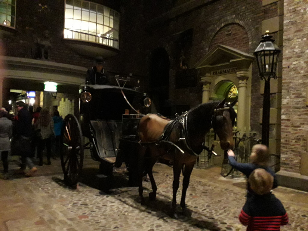 Hansom cab by mave