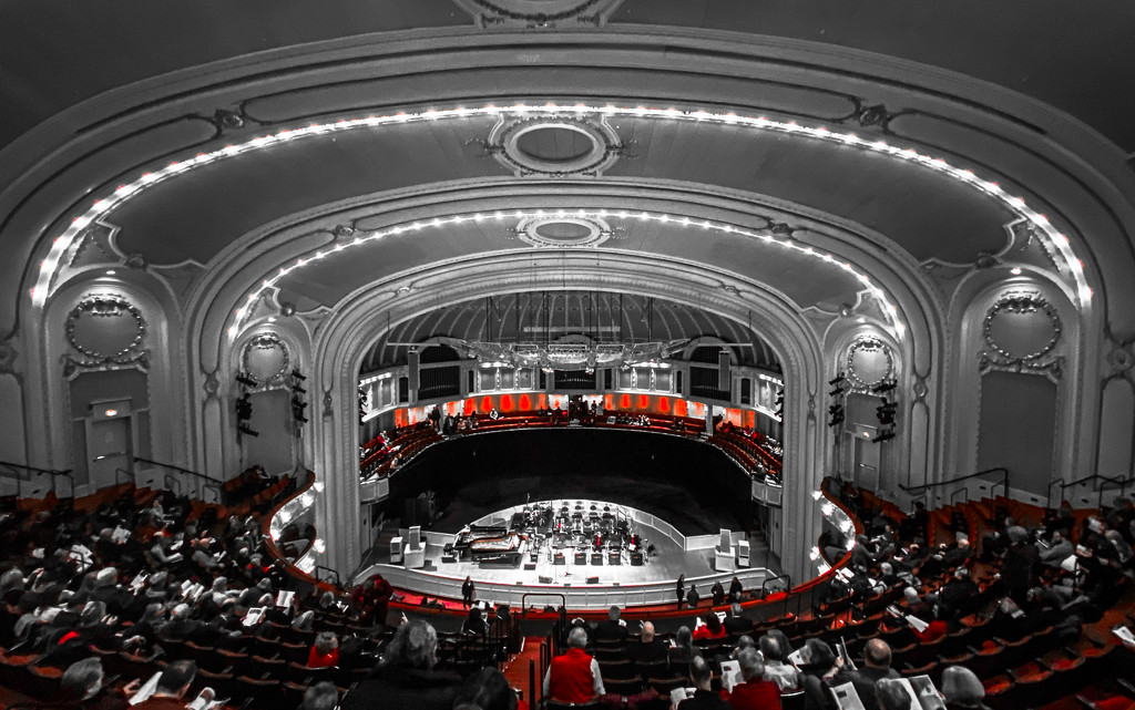 Symphony Center Celebrates Valentine's Day by taffy