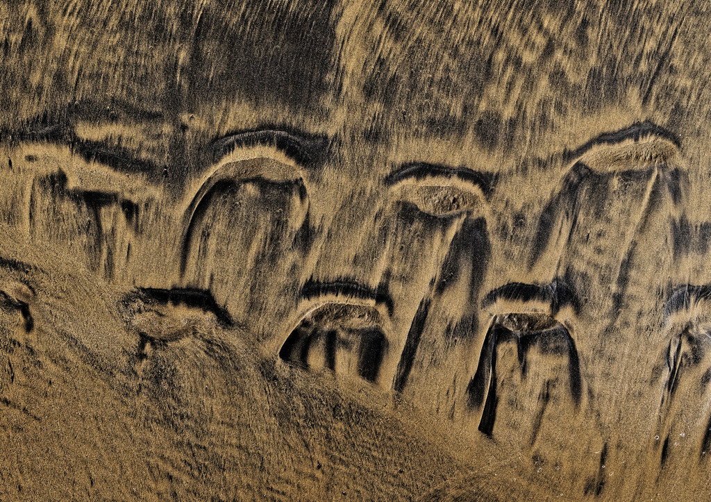 0215 - Patterns in the sand by bob65