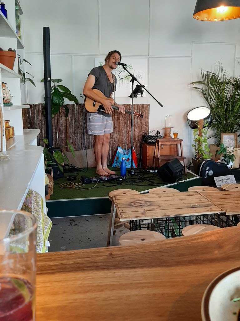 Saturday afternoon gig by mozette