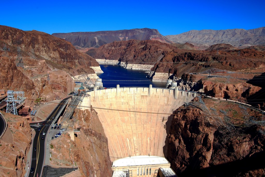 Hoover Dam by blueberry1222