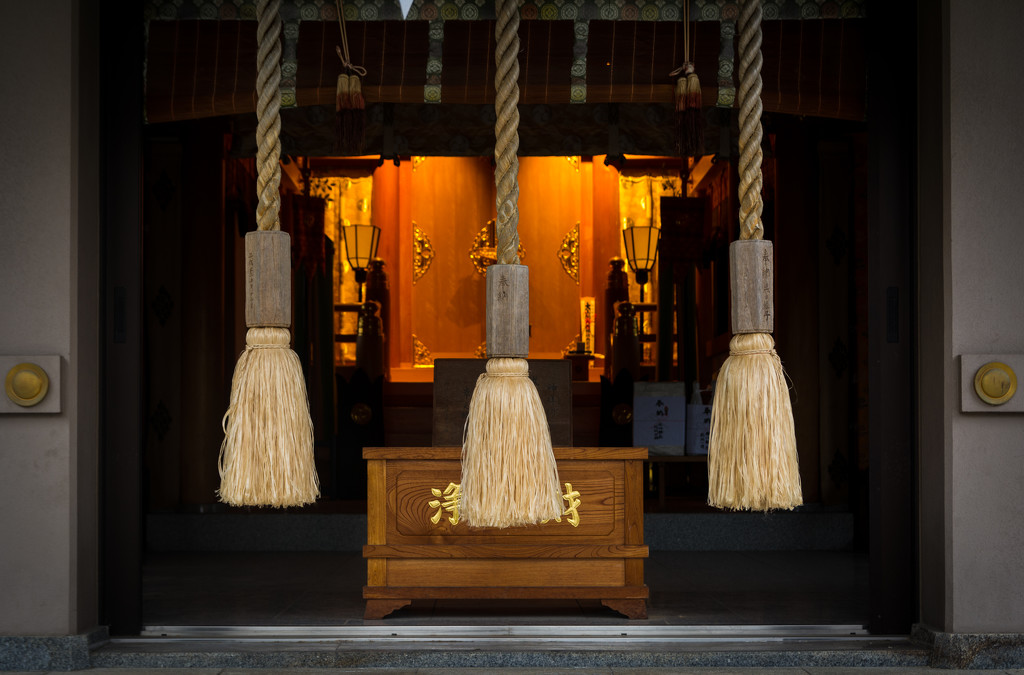 Shrine by tokyobogue