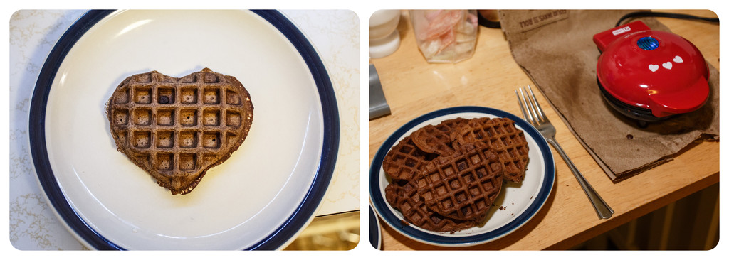 Tiny Chocolate Waffles  by batfish